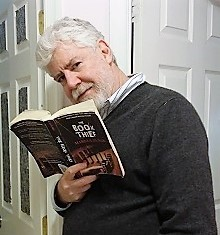 "Celebrity reader  Bob Garfield , cohost of ""On the Media"""