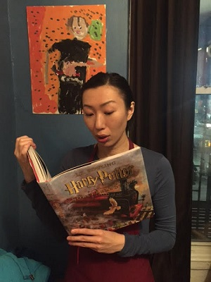Celebrity reader, actress Jo Mei
