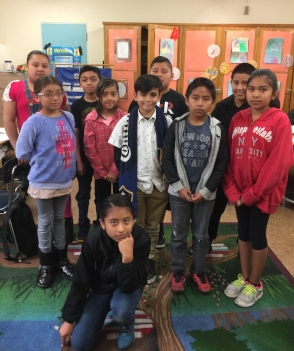Fourth grade readers at Cienega Elementary (photo by Tracy King)