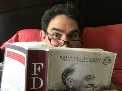 Celebrity reader  Valente Rodriguez