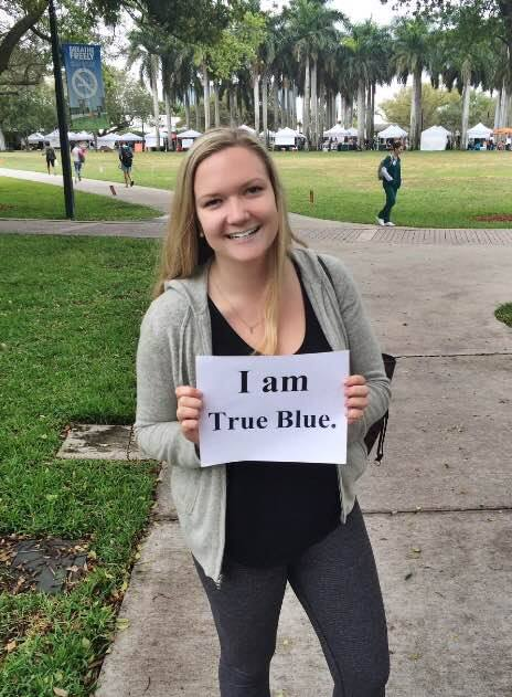 Olivia Leatherwood '13 participates in the Day of Giving from the University of Miami.