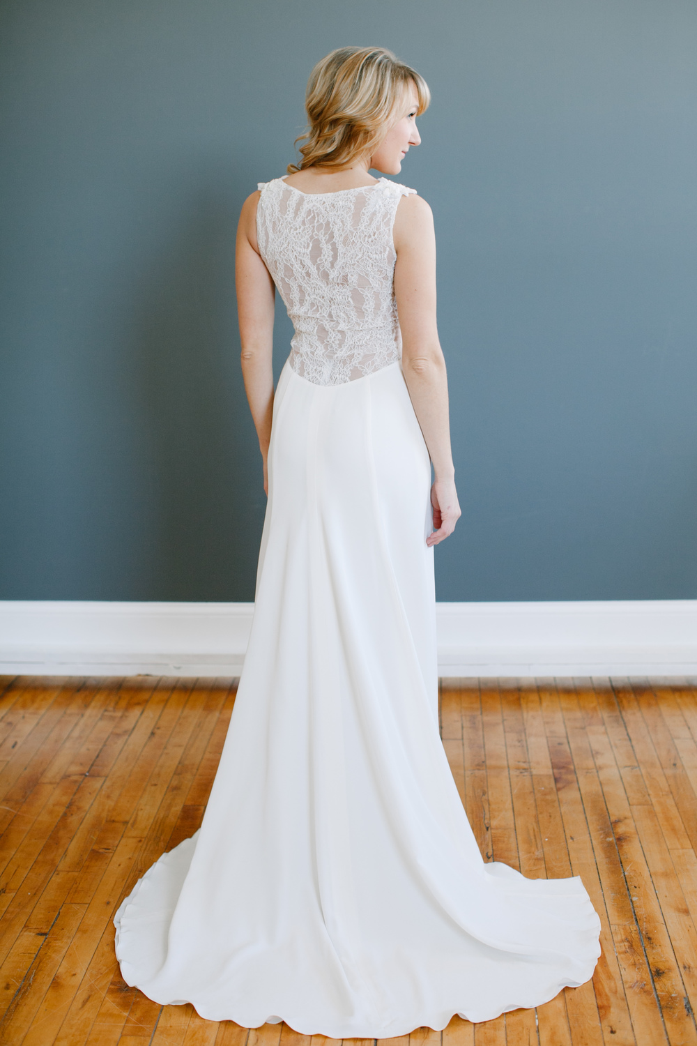 Heidi Elnora Gown: Ashley Diaz; photo credit: Whitney Furst Photography
