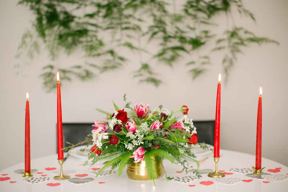 valentine's day sweetheart table