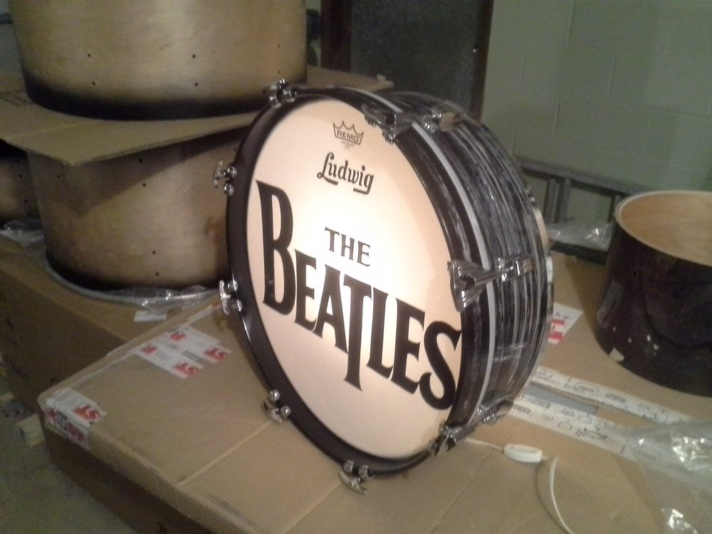 Beatles Display Shell: 3/4 view