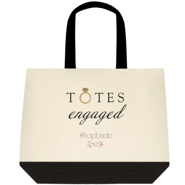 The  FIRST 5 Brides  to book at the show either Saturday or Sunday will receive this cute little tote!