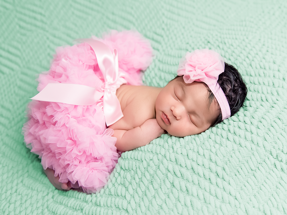 Charlotte Newborn Baby Photos