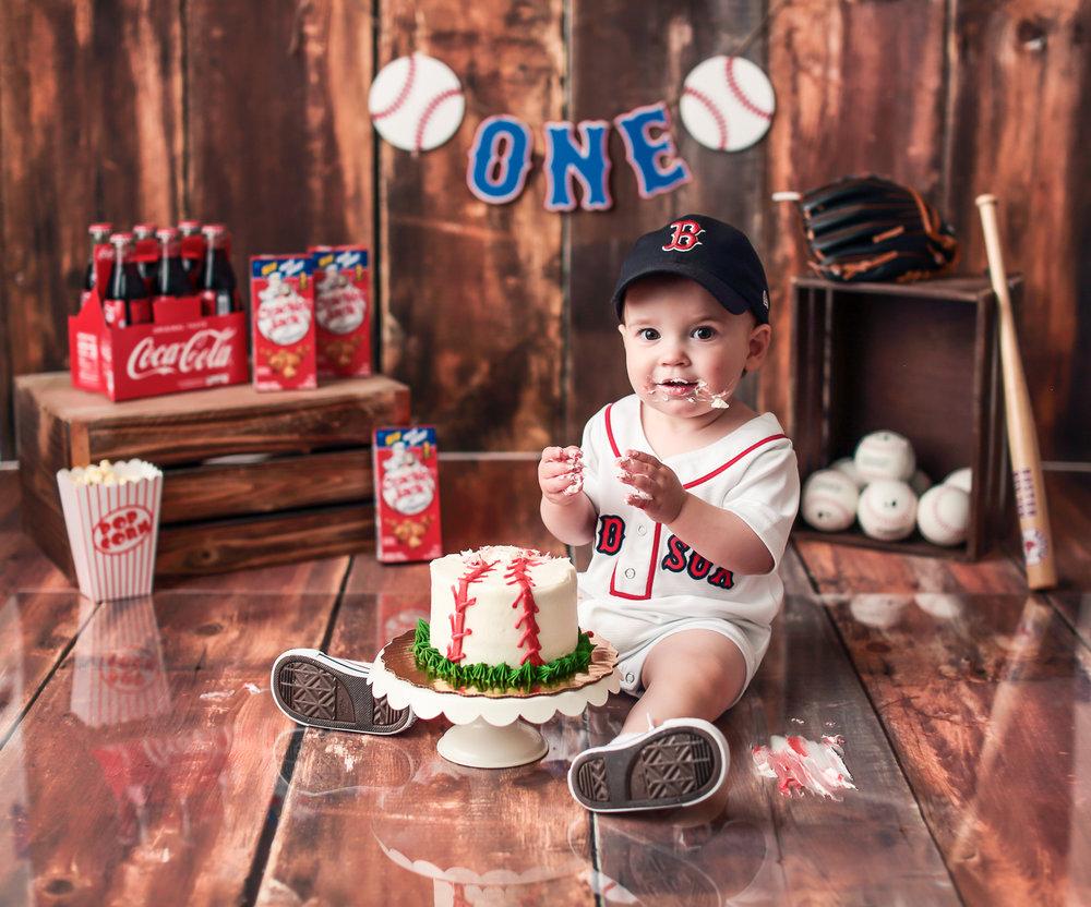 Charlotte_Cake_Smash_Baseball.jpg