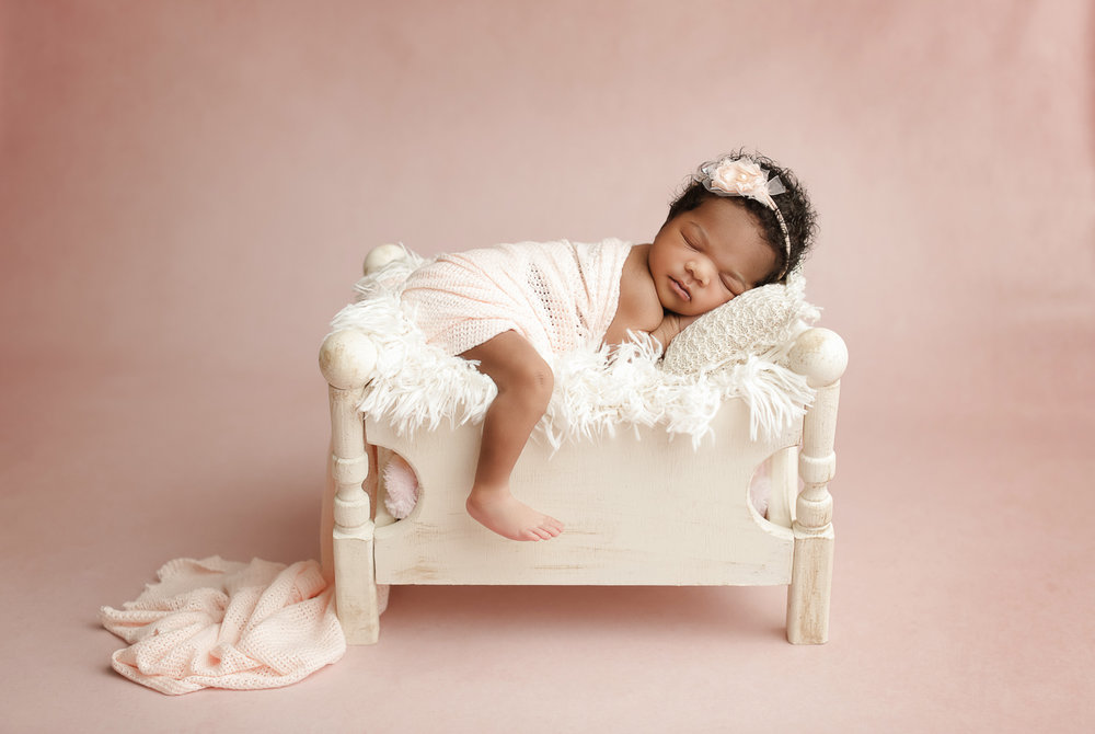 Charlotte_Newborn_Photographer_40.jpg