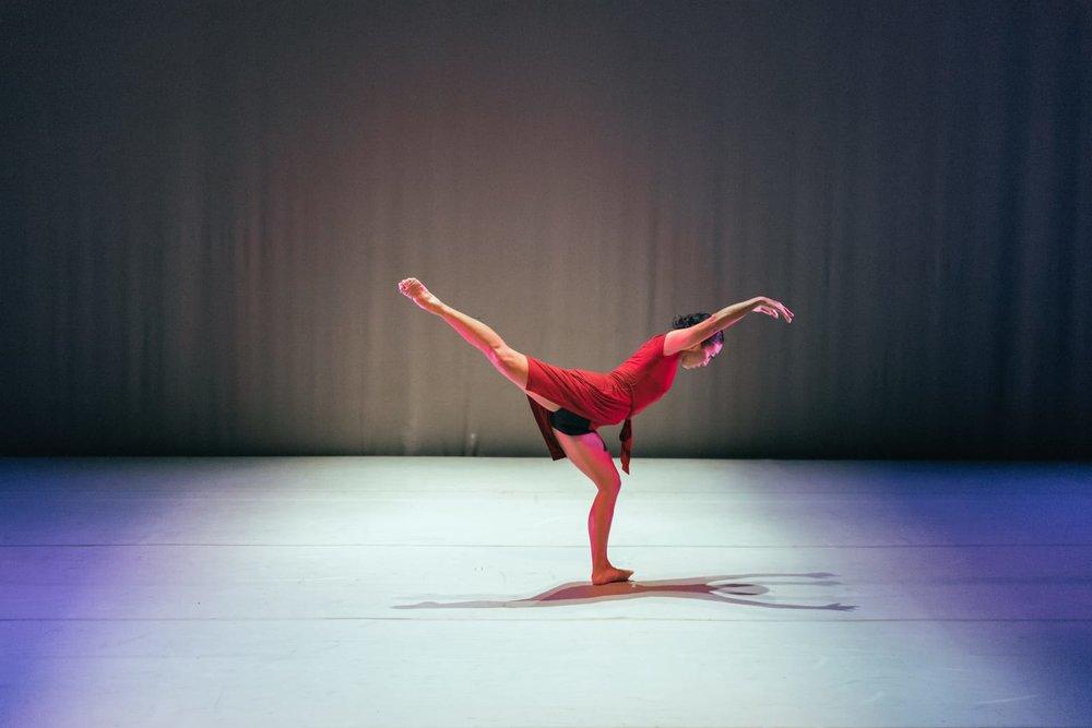 Solace - Choreographer: Jamal CallenderMusic:BuikaDancers: 1