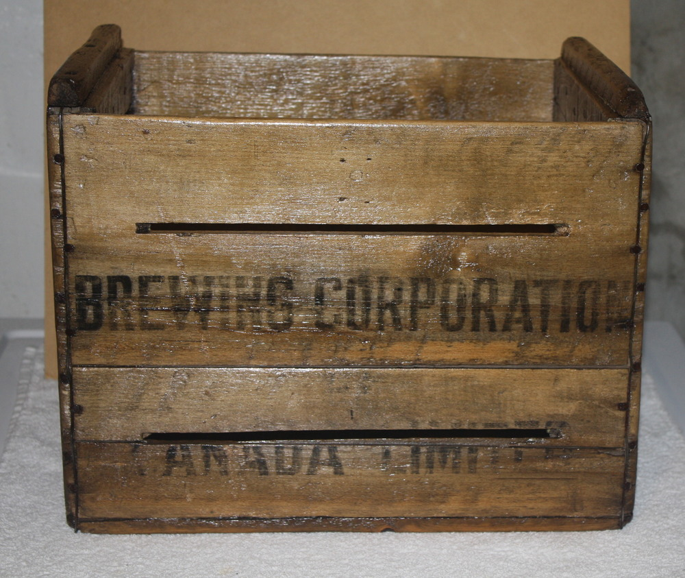 Crate - Brewing Corporation of Canada Limited_front.JPG
