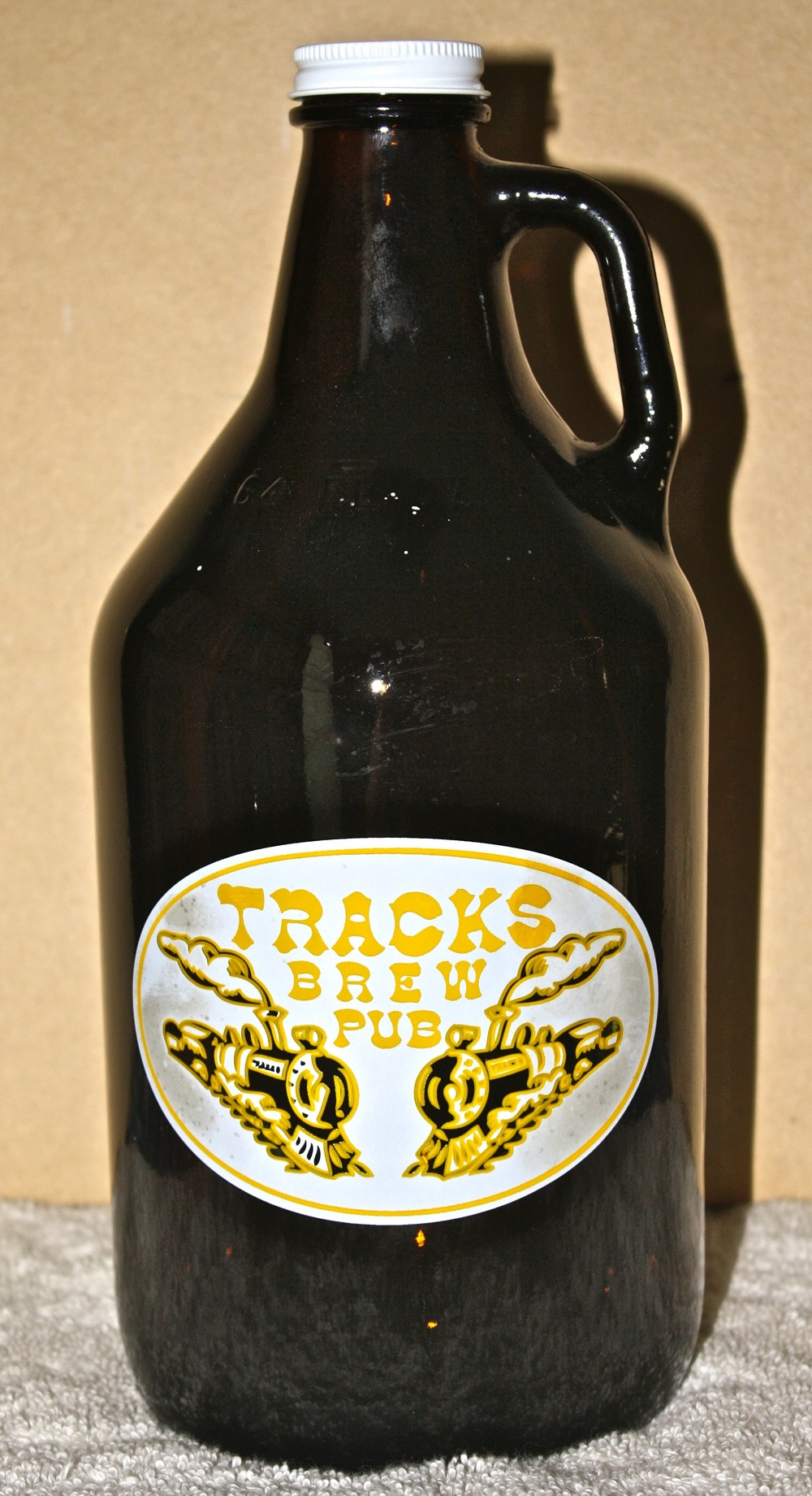 GR - Tracks Brewpub (ON).jpg