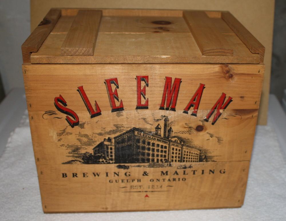 Crate - Sleeman Brewing & Malting (ON).JPG