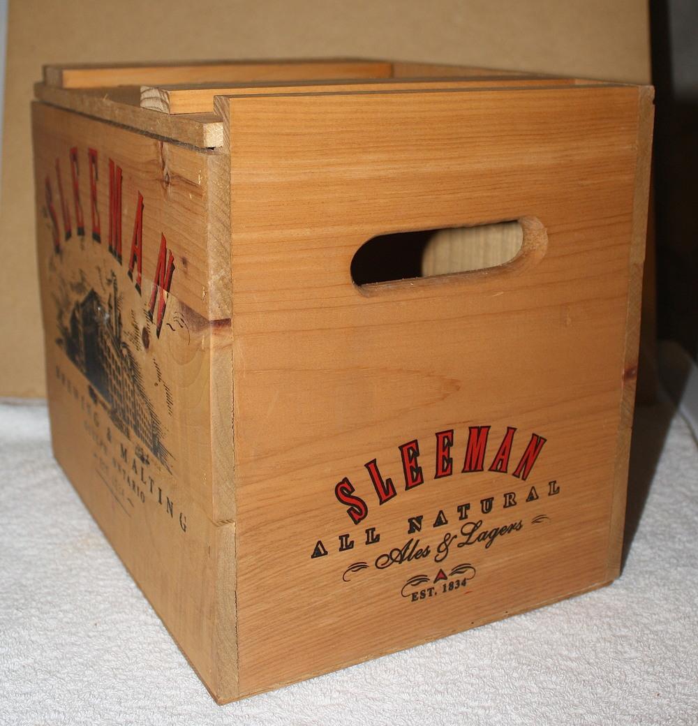 Crate - Sleeman Brewing & Malting_side (ON).JPG