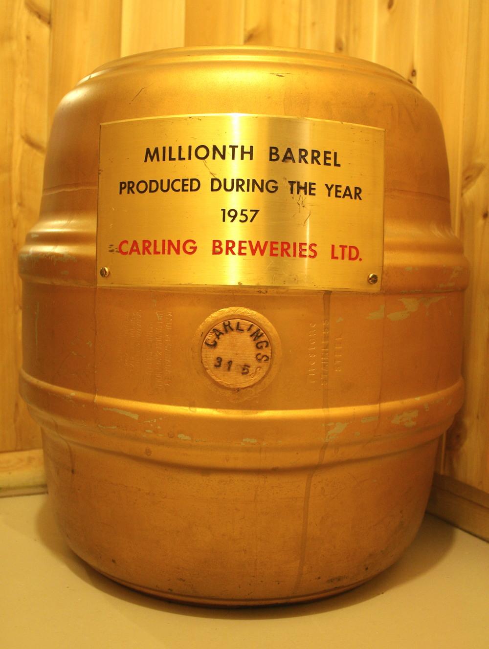 Barrel - Carling Breweries Ltd_Millionth Barrel_1957.JPG