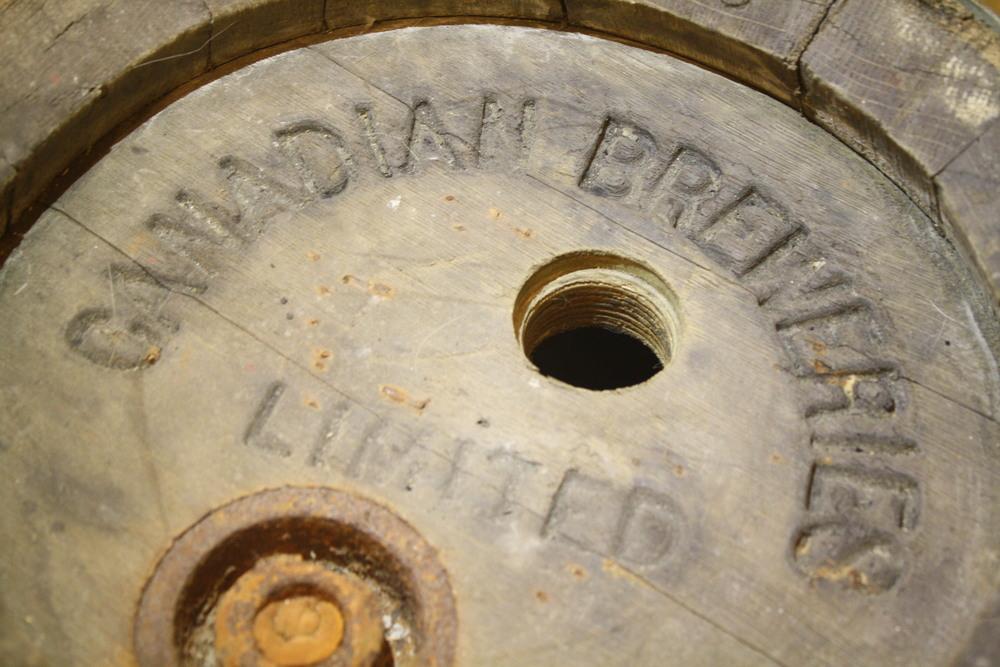 Barrel - Canadian Breweries Ltd_close-up_top