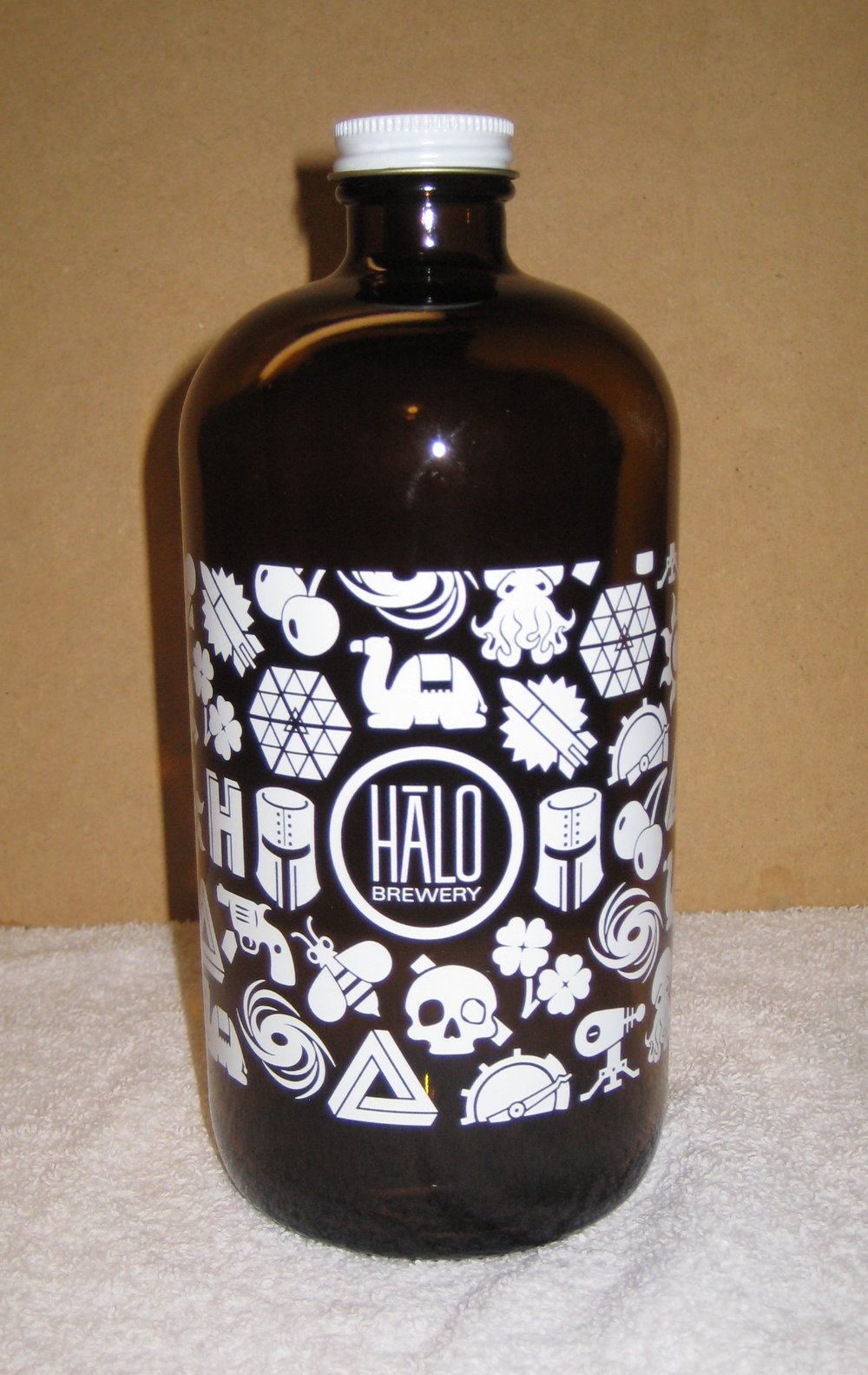 Halo Brewery 1L (ON)