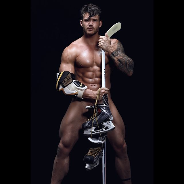 There's a new #hockey #player in town @daniel_paterson_ @zink_models