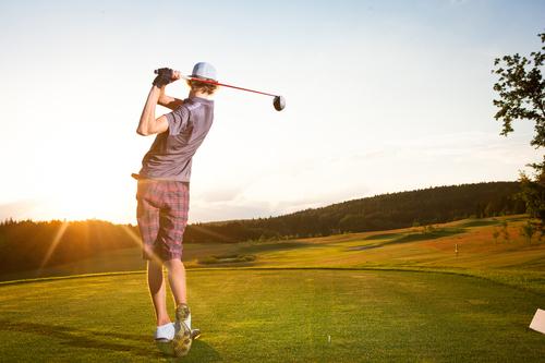 Man+golfing.jpg