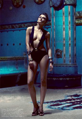 Flair_Bruno-Dayan_Pinup_Barbara-Baumel_07.jpg