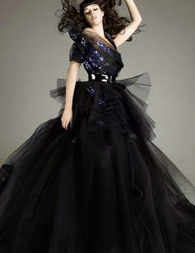 Monica-Belucci_Vogue-Spain_Alix-Malka_Barbara-Baumel_09.jpg