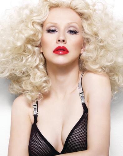 Christina-Aguilera_Bionic_Alix-Malka_Barbara-Baumel_02.jpg