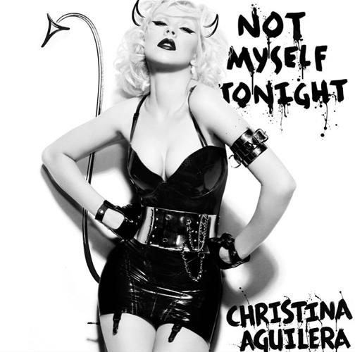Christina-Aguilera_Bionic_Alix-Malka_Barbara-Baumel_07.jpg