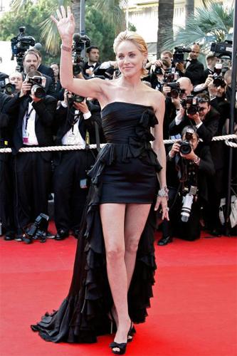 Sharon-Stone_Cannes_Barbara-Baumel_04.jpg