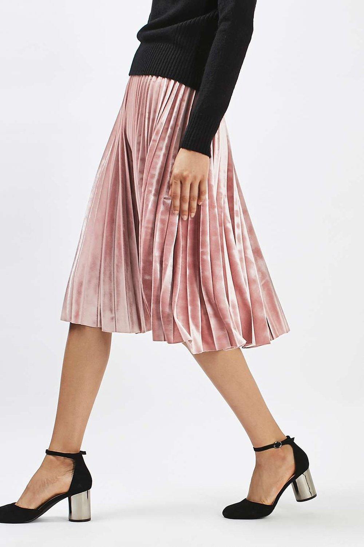 pink pleated skirt.jpg