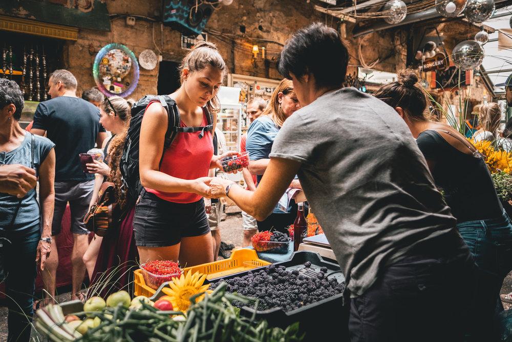 Karavan Streetfood Market