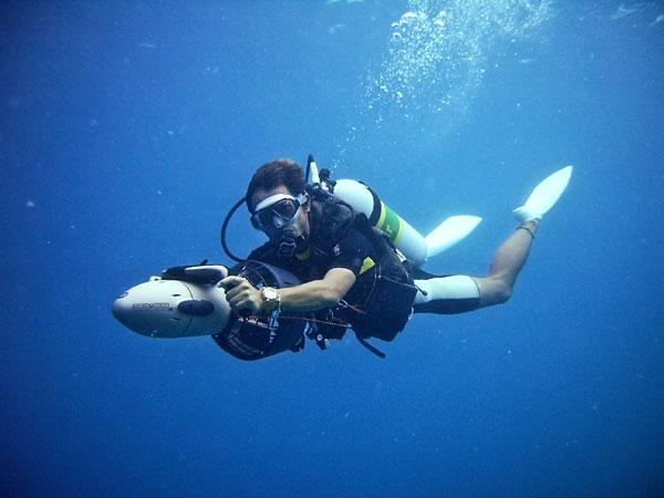 scuba diving machine