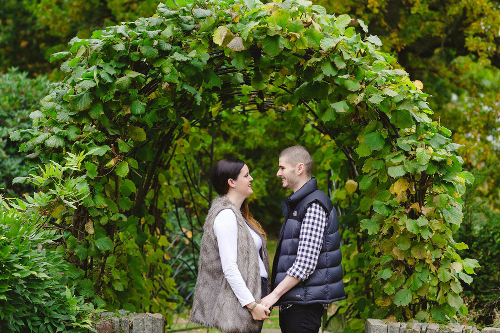 Chelmsford-Essex-Engagement-Shoot_0011.jpg