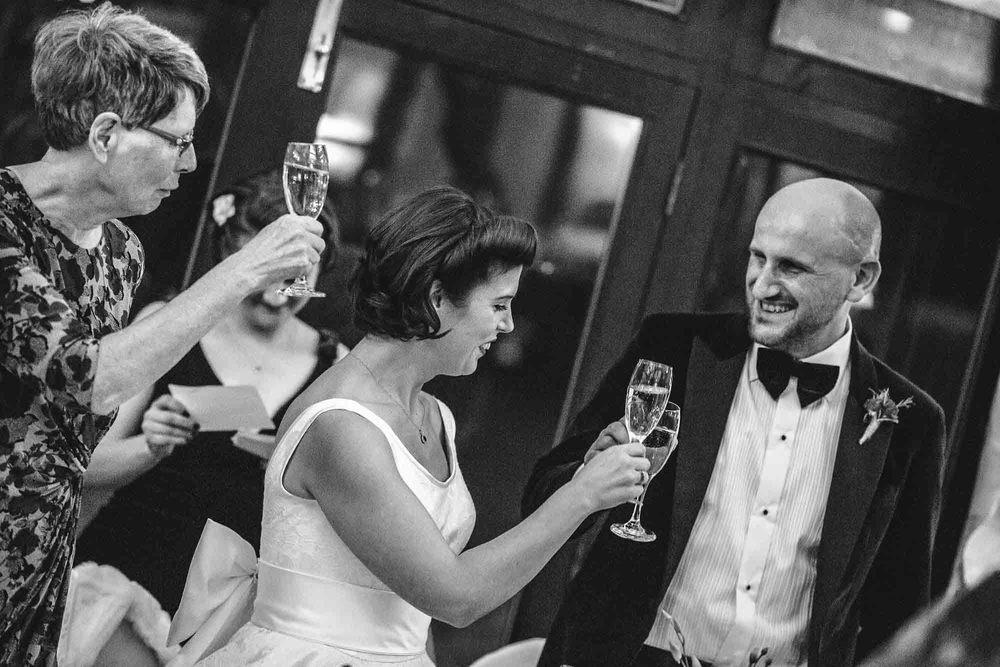 Crondon-Park-Wedding-Photographer_0078.jpg
