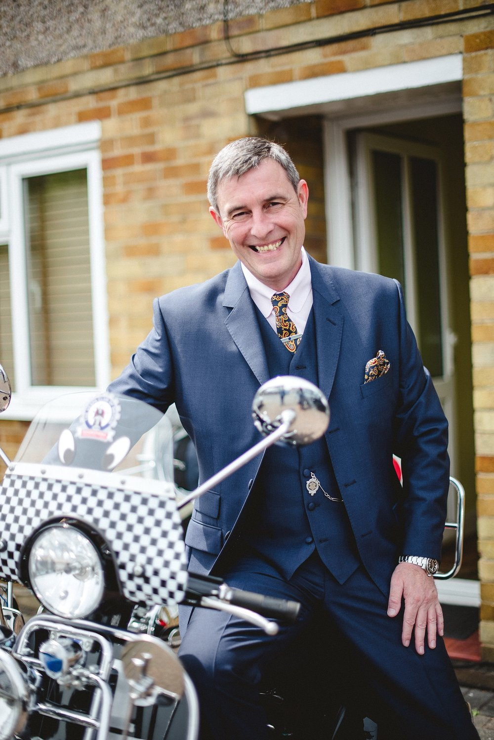 Langtons-Essex-Mod-Themed-Wedding_0007.jpg