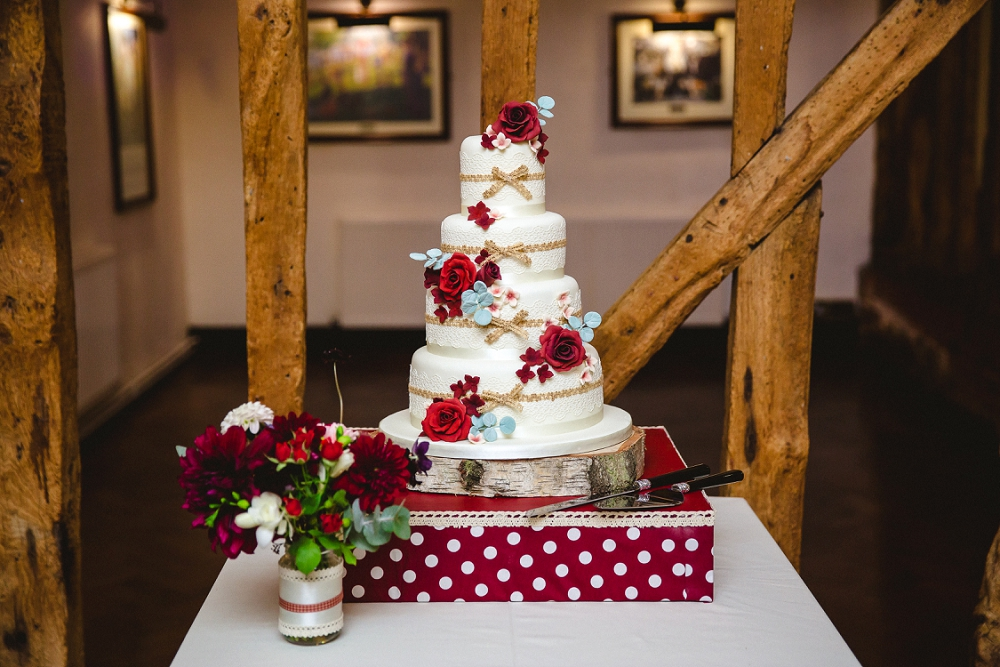 Crondon Park Wedding Photographer - Wedding Cake