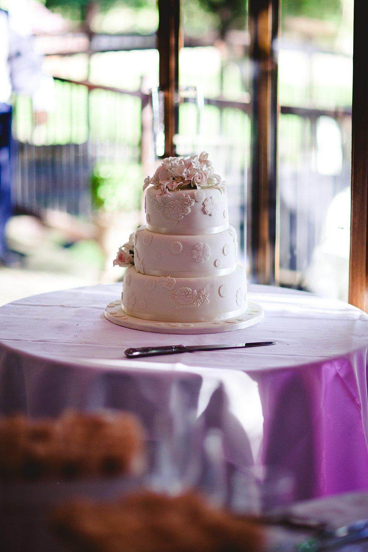 Old Brook Barn Essex Wedding Cake