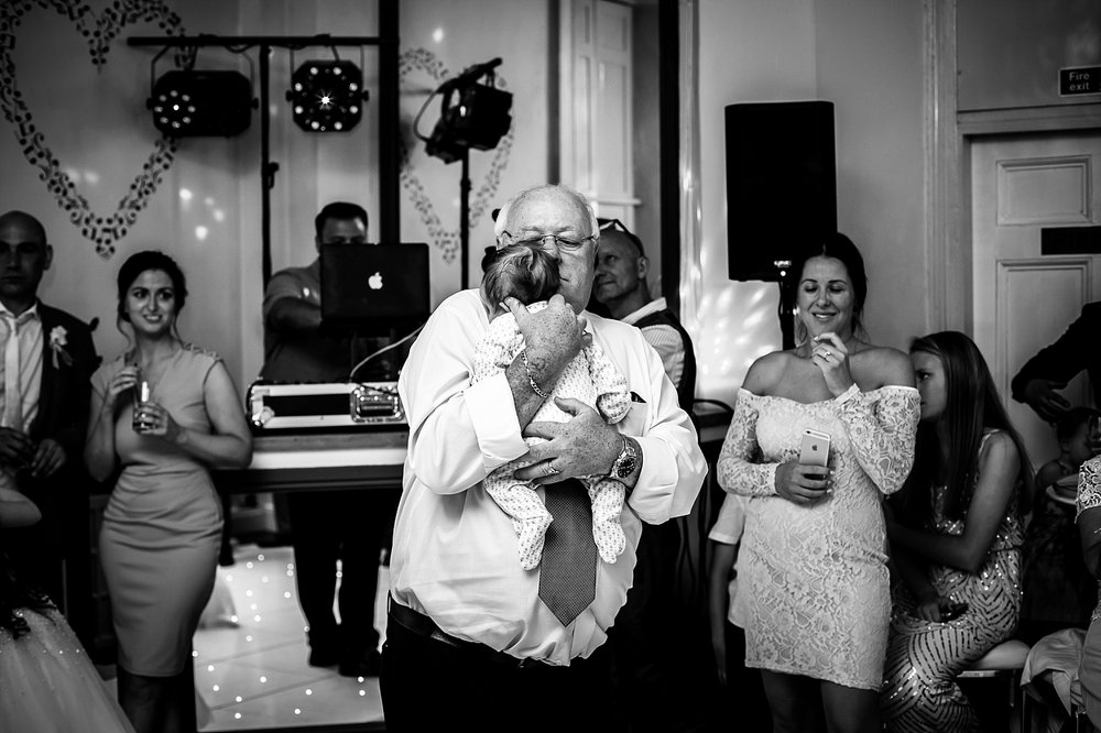 Gosfield_Hall_Essex_Wedding_Photographer_0115.jpg
