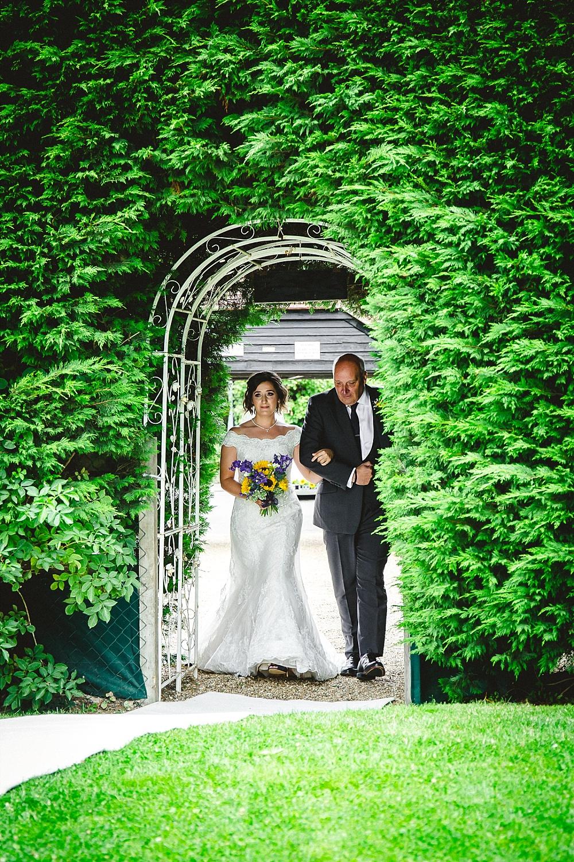 Old-Brook-Barn-Wedding-Photographer_0015.jpg