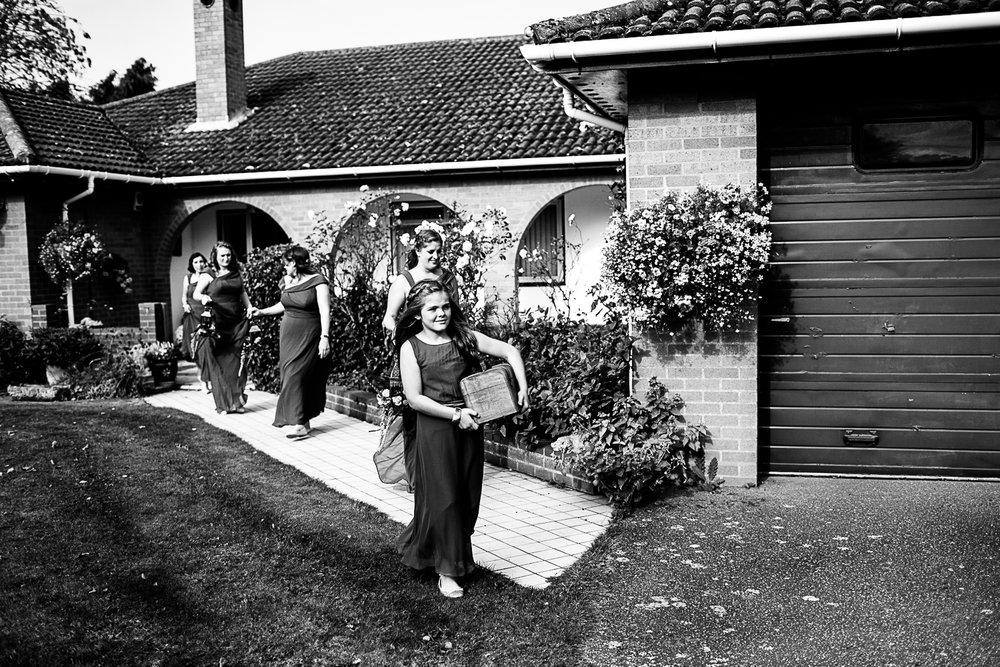 Tudor-Barn-Belstead-Wedding-Photographer-18.jpg