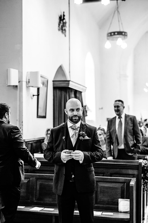 Tudor-Barn-Belstead-Wedding-Photographer-26.jpg