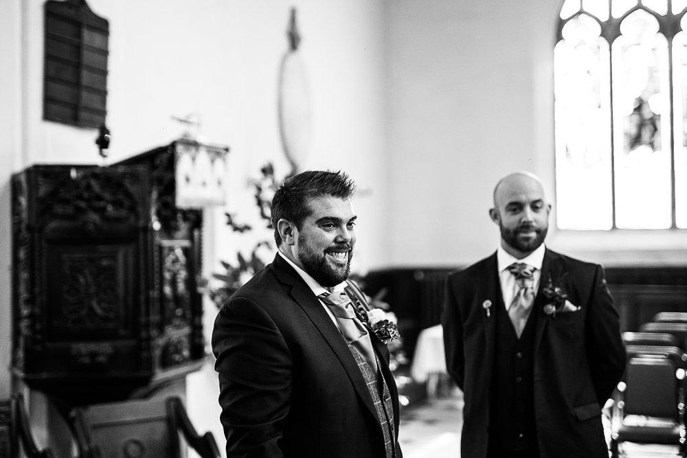 Tudor-Barn-Belstead-Wedding-Photographer-28.jpg