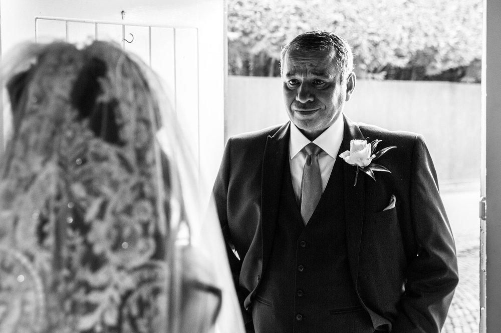 Gaynes Park Wedding Photographer_0032.jpg