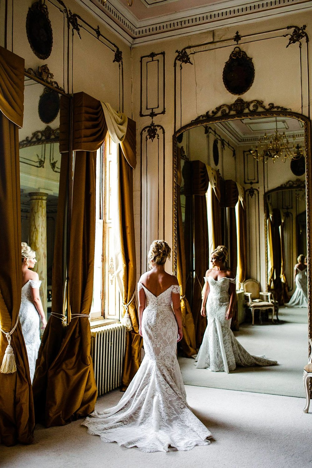 Gosfield Hall Essex Wedding Photographer_0136.jpg