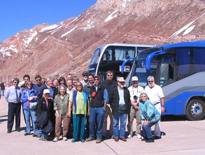 Nineteen RCA members with GAMA at the border between Chile and Argentina, 2006.
