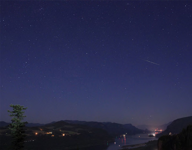 Perseid Meteor over Columbia Gorge
