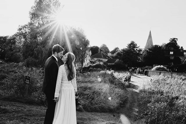 Beautiful sun flare twinkling behind Mat + Sophie ❤️