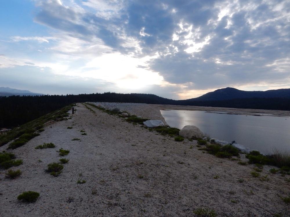 Walking along the dam of Lake Edison.