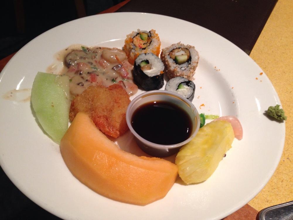 Round 4: cantaloupe, honeydew, fried shrimp, shrimp scampi, and assorted sushi.