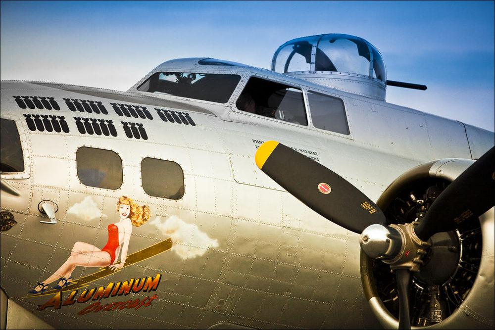 "Nose art of the Experimental Aircraft Association's B-17G ""Aluminum Overcast."""