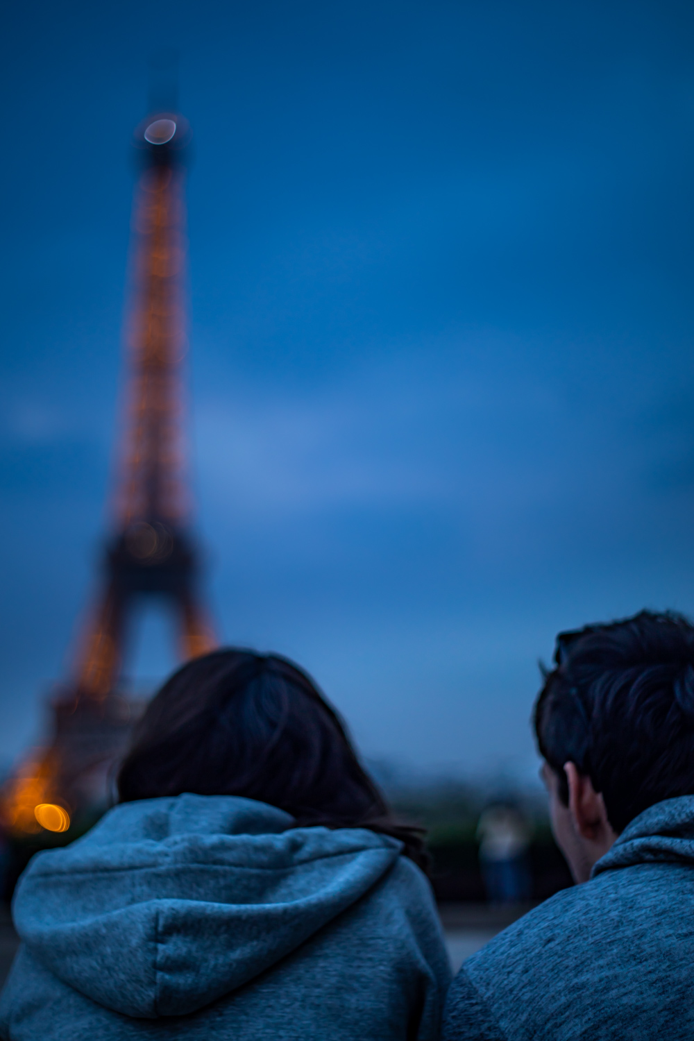 Eiffel Tower Couple.jpg