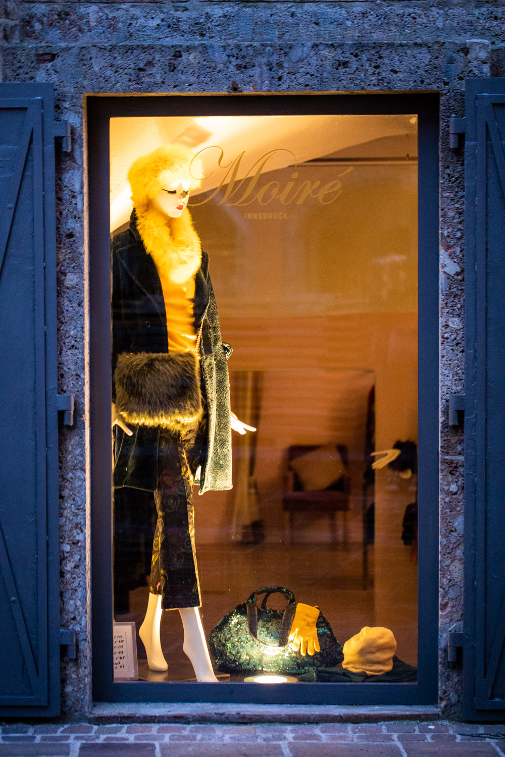 Moire Shop Window.jpg
